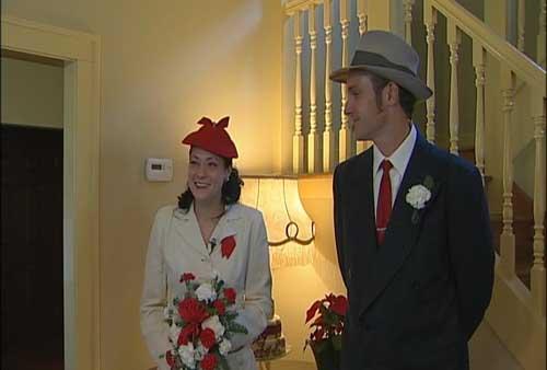 BB-Gun Wedding at A Christmas Story House Leg Lamp